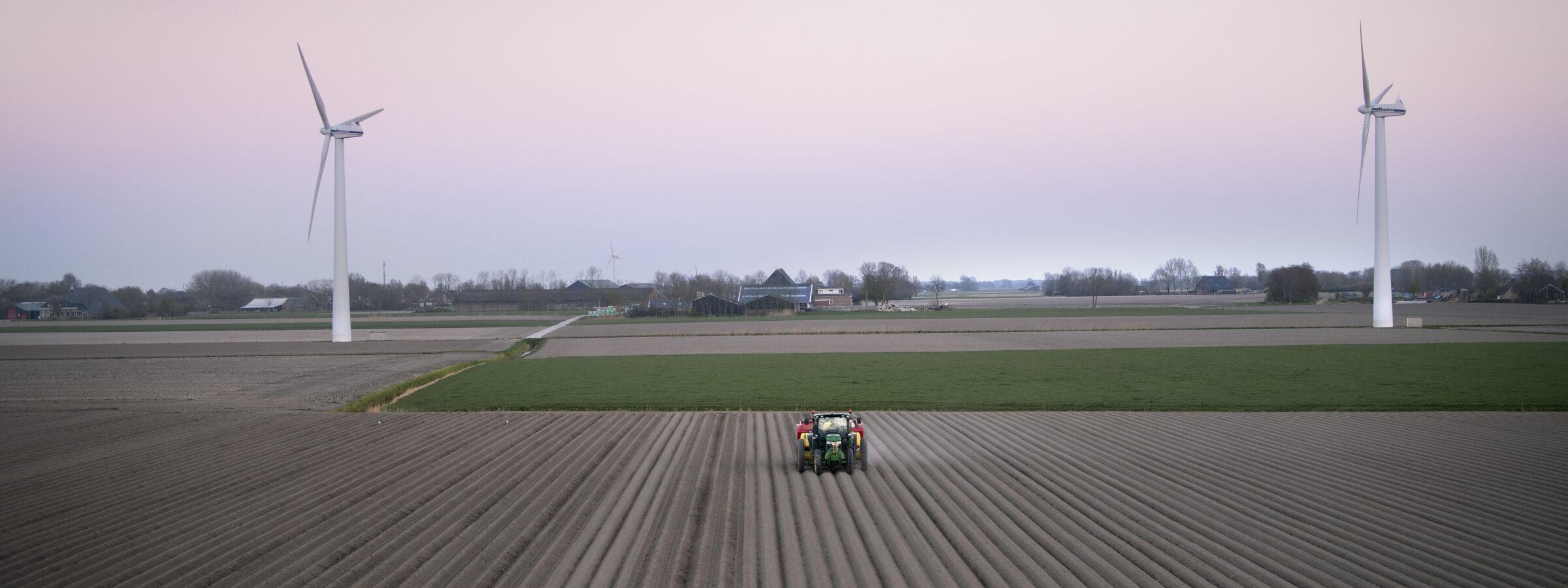 Aardappelenpoten_windmolens_1111_BOAkkerbouw